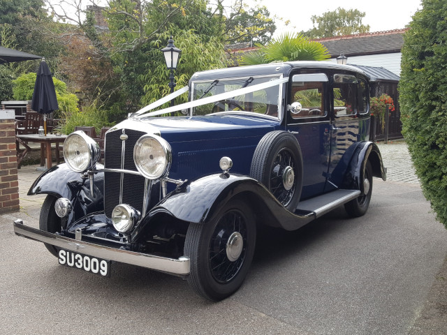 Wolseley 21 County Saloon Front View